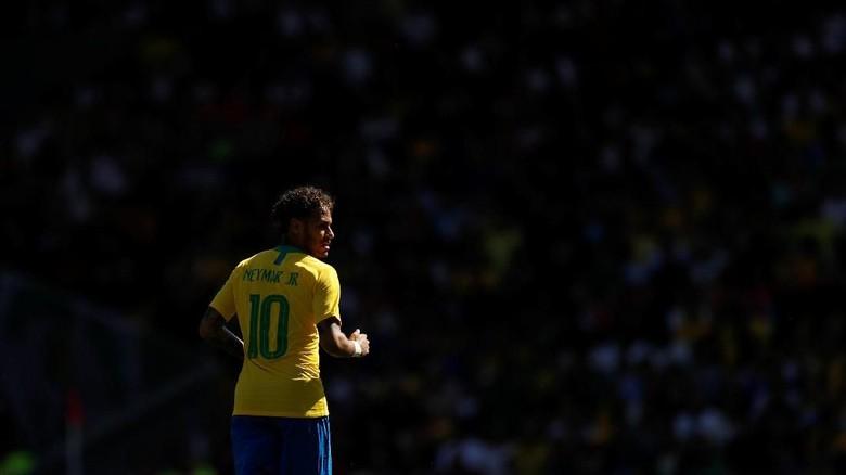 Neymar Sudah 54 Gol di Timnas Brasil, Kini Bayangi Romario