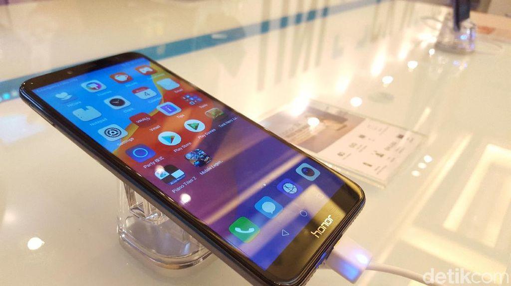 Smartphone Honor 7A Tiba di Jakarta