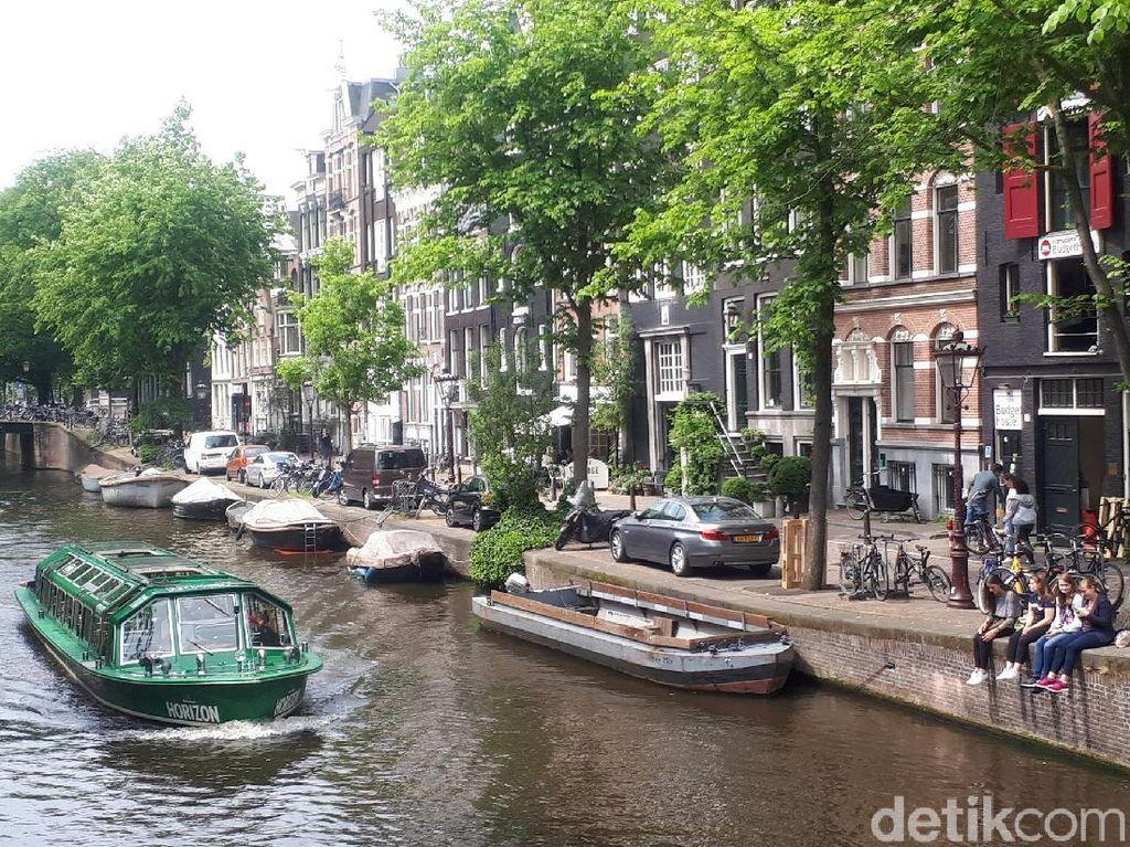 Maaf, Amsterdam Tak Mau Lagi Terima Turis