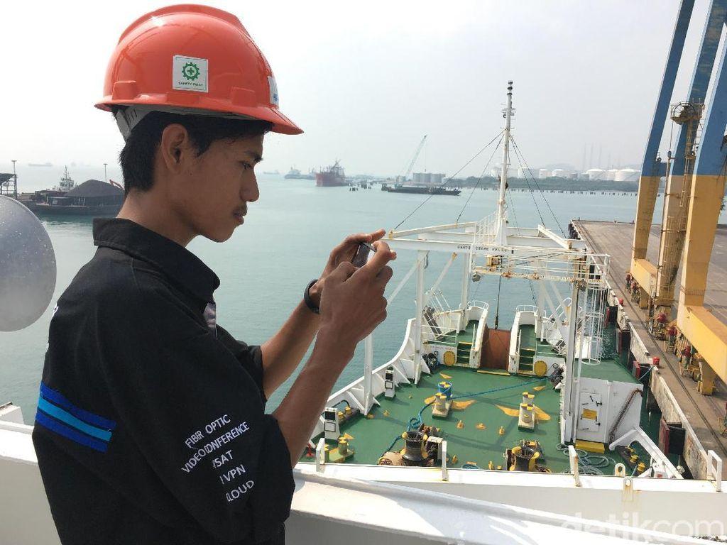 Palapa Ring Tambah Kapal untuk Tarik Kabel Optik di Laut