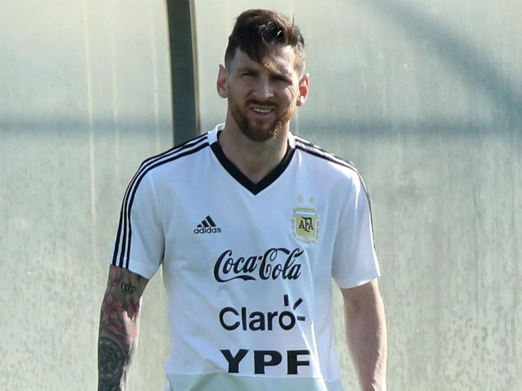 Mascherano: Argentina Harus Bisa Samai Standar Permainan Messi