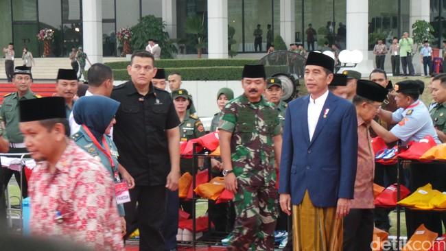 Kabar Gembira! Jokowi Naikkan Tunjangan Babinsa 771%