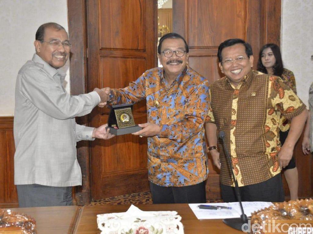 Temui DPD RI, Pakde Karwo Paparkan Kesiapan Pilkada Serentak di Jatim
