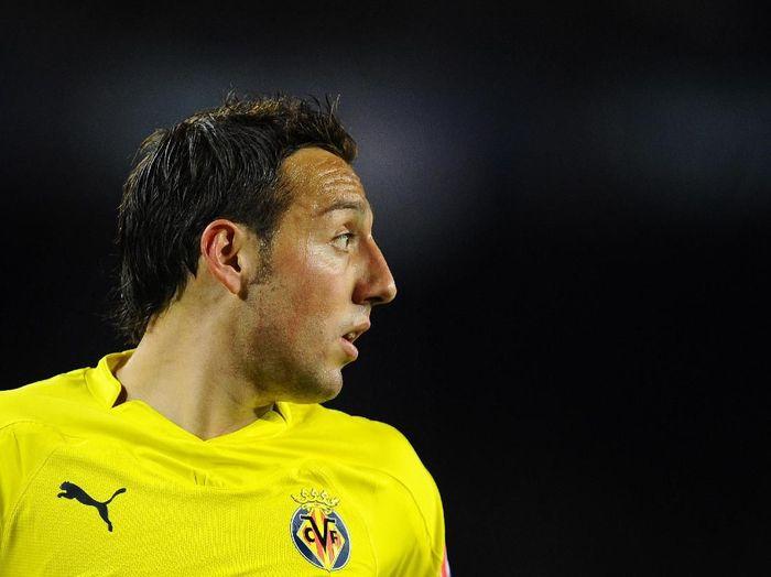 Santi Cazorla pulang ke Villarreal. (Foto: David Ramos/Getty Images)