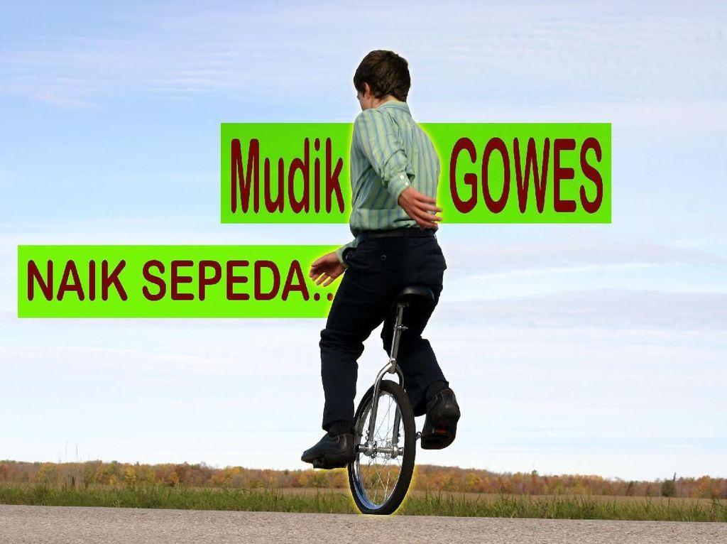 Mudik Ratusan Kilometer Naik Sepeda, Mereka Tetap Puasa Lho!