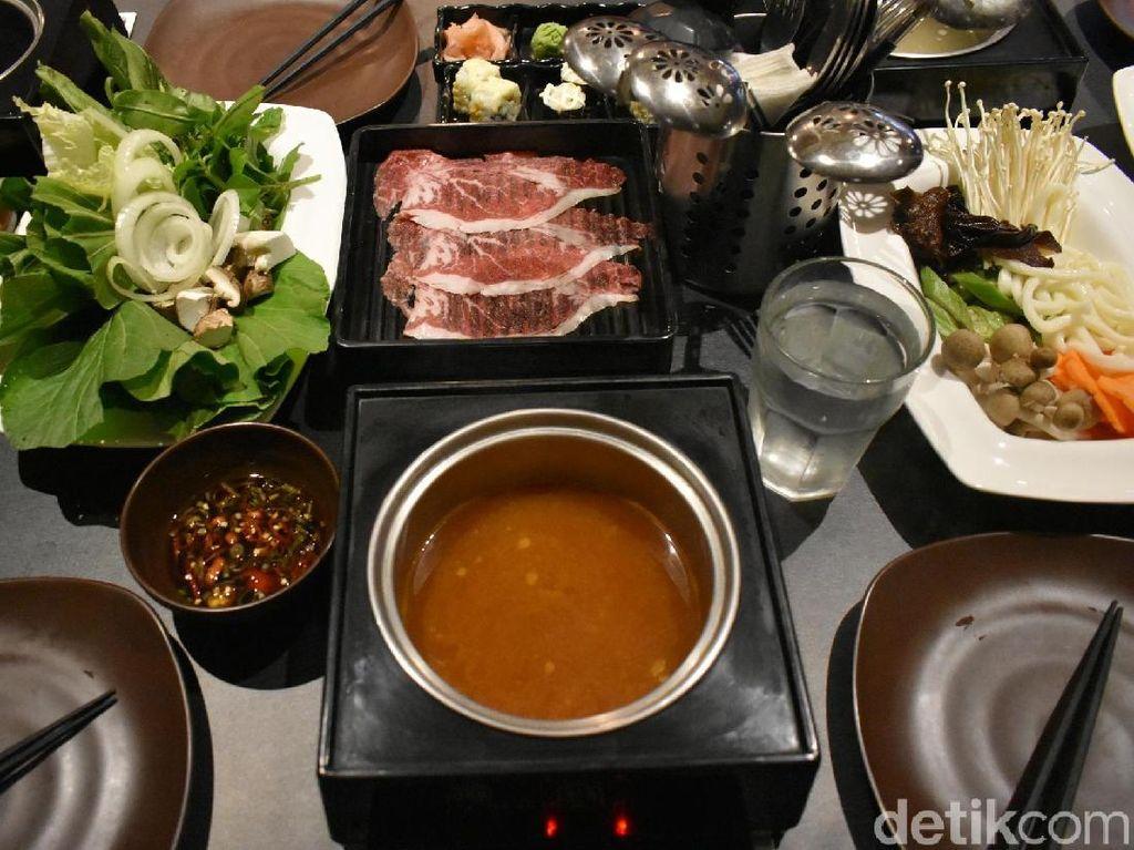 Portable: Serunya Makan Shabu-shabu Wagyu Sepuasnya dengan Kuah Gurih Hangat