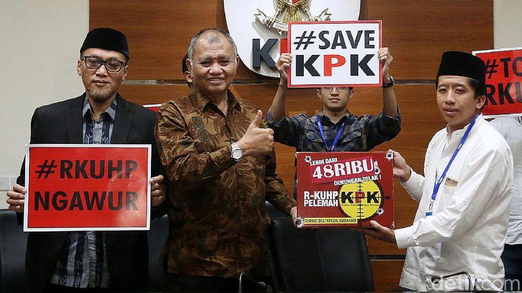 Dukungan Masyarakat Tolak Korupsi Masuk RKUHP