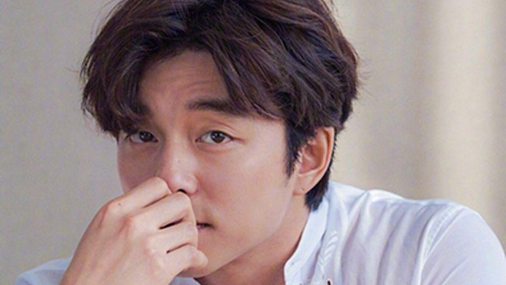 Gantengnya 10 Artis Korea Pakai Baju Koko, Bikin Wanita Ingin Dihalalin