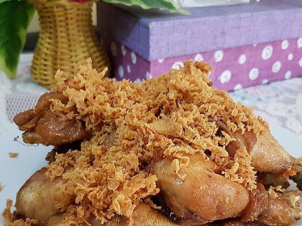 Sahur Penuh Selera dengan Kriuk Ayam Kremes dan Sambal