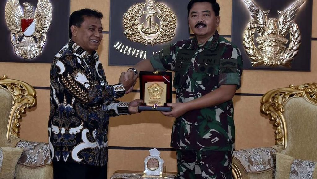 Panglima TNI Terima Kunjungan Dirut PT. Pindad