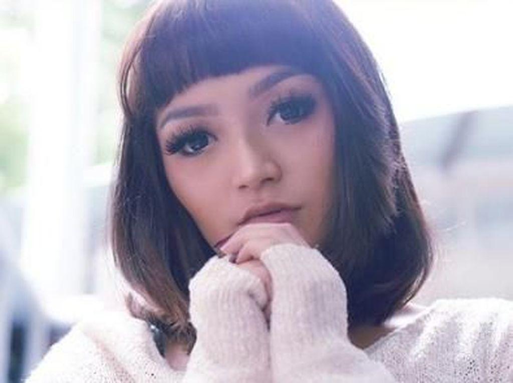 Siti Badriah: Cita-cita Jadi Dokter Gigi, Sukses karena Lagi Syantik