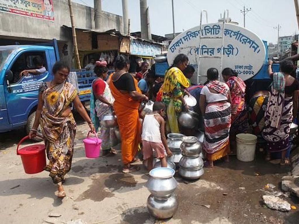 Krisis Air Bersih Mengancam Kehidupan Warga di Dhaka