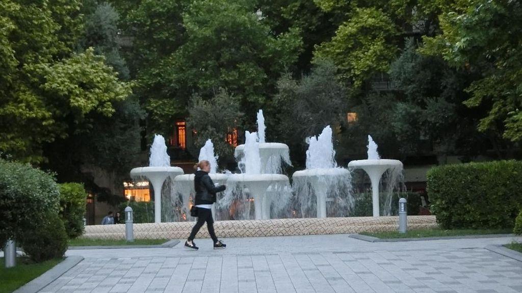 Taman-taman di Ibu Kota Negara Api Ini Bikin Iri