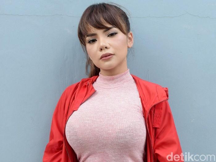 Dinar Candy saat ditemui di Trans TV.