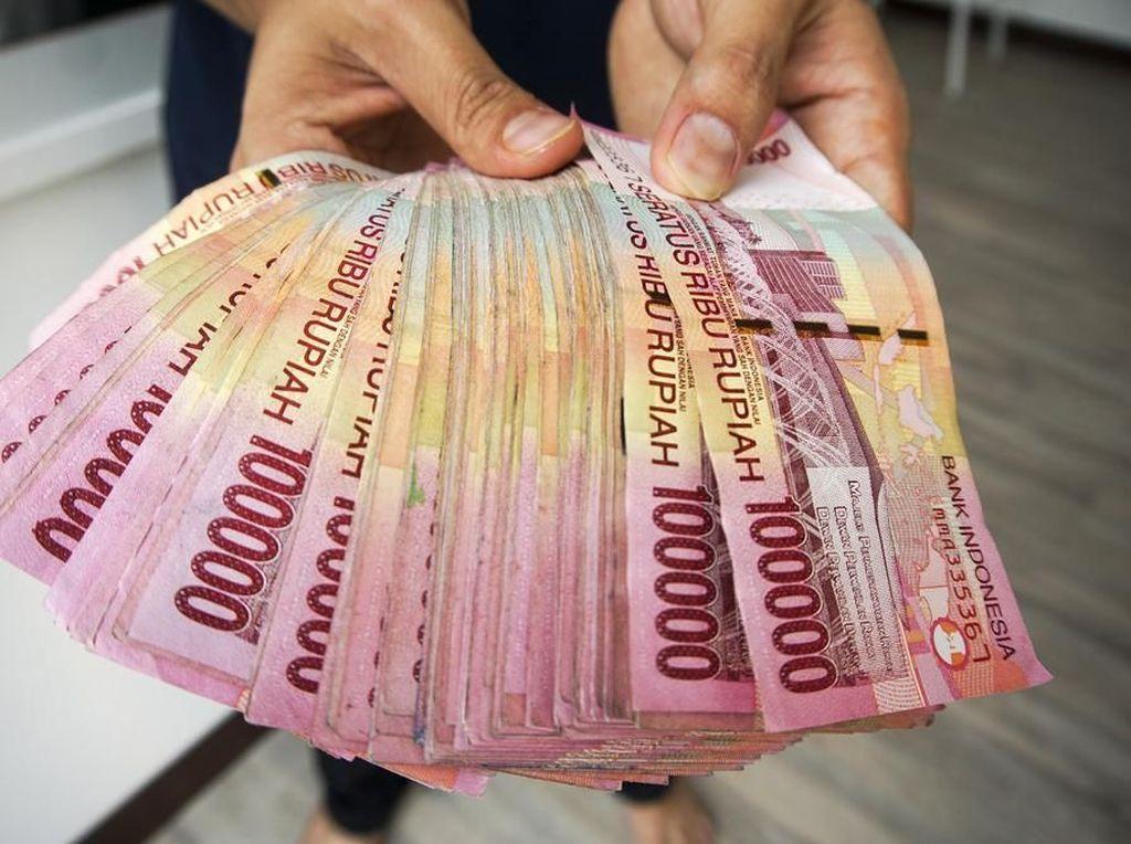 Buruh Kecam Pemerintah Bolehkan Pengusaha Bayar Pesangon 50%