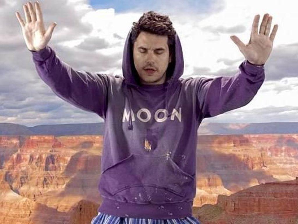 Pesona John Mayer, Si Playboy yang Tak Mau Dicap Buaya