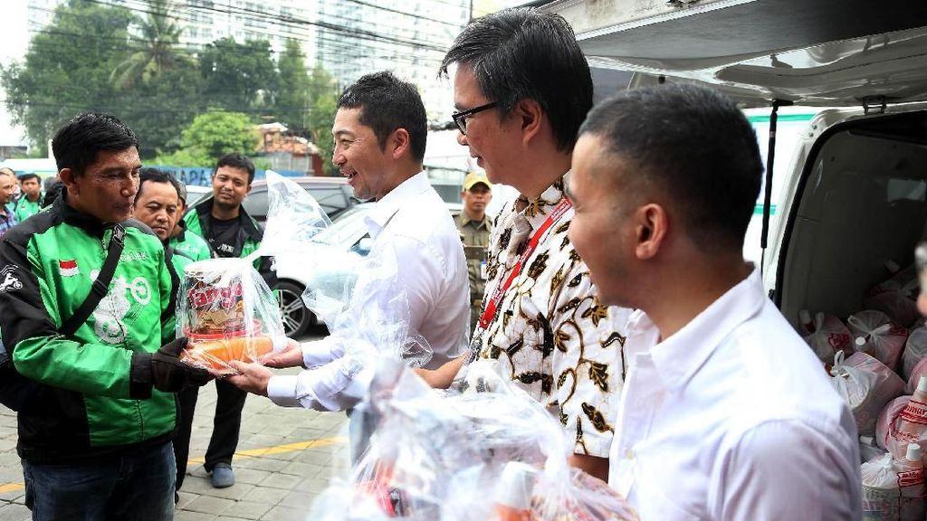 Paket Ramadan untuk Driver Go-Jek