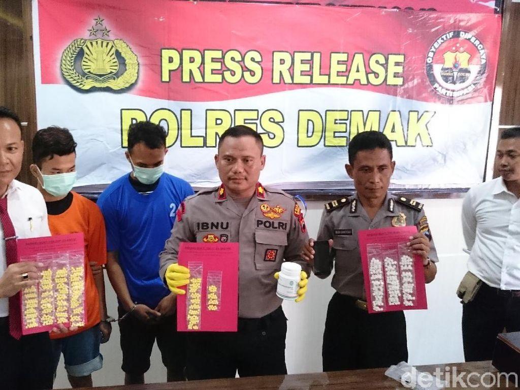 Edarkan Ratusan Butir Obat Terlarang, 3 Pemuda Diciduk Polisi Demak
