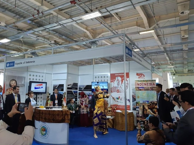 Tarian Teruna Jaya Memukau di Pameran Posidonia 2018 di Yunani