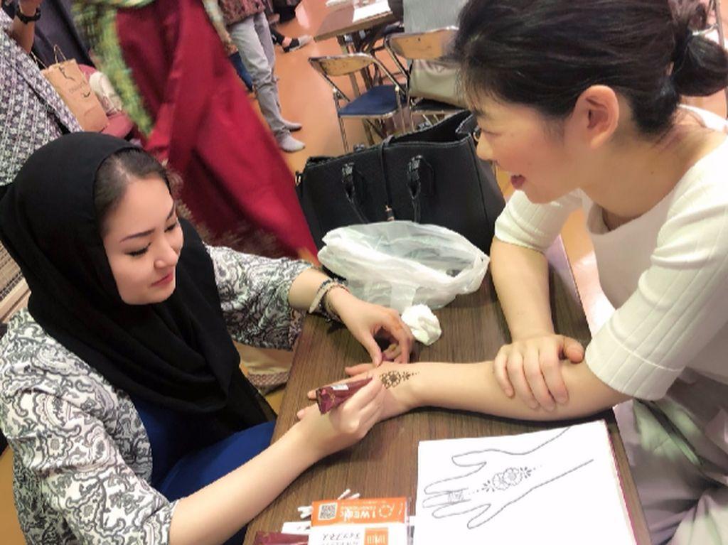 Meriahnya Festival Islami di Negeri Sakura