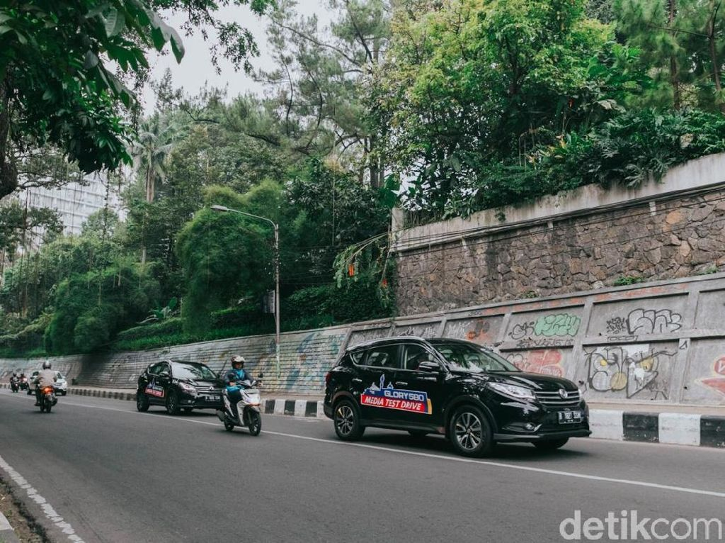 5 Keunggulan SUV China Sokon
