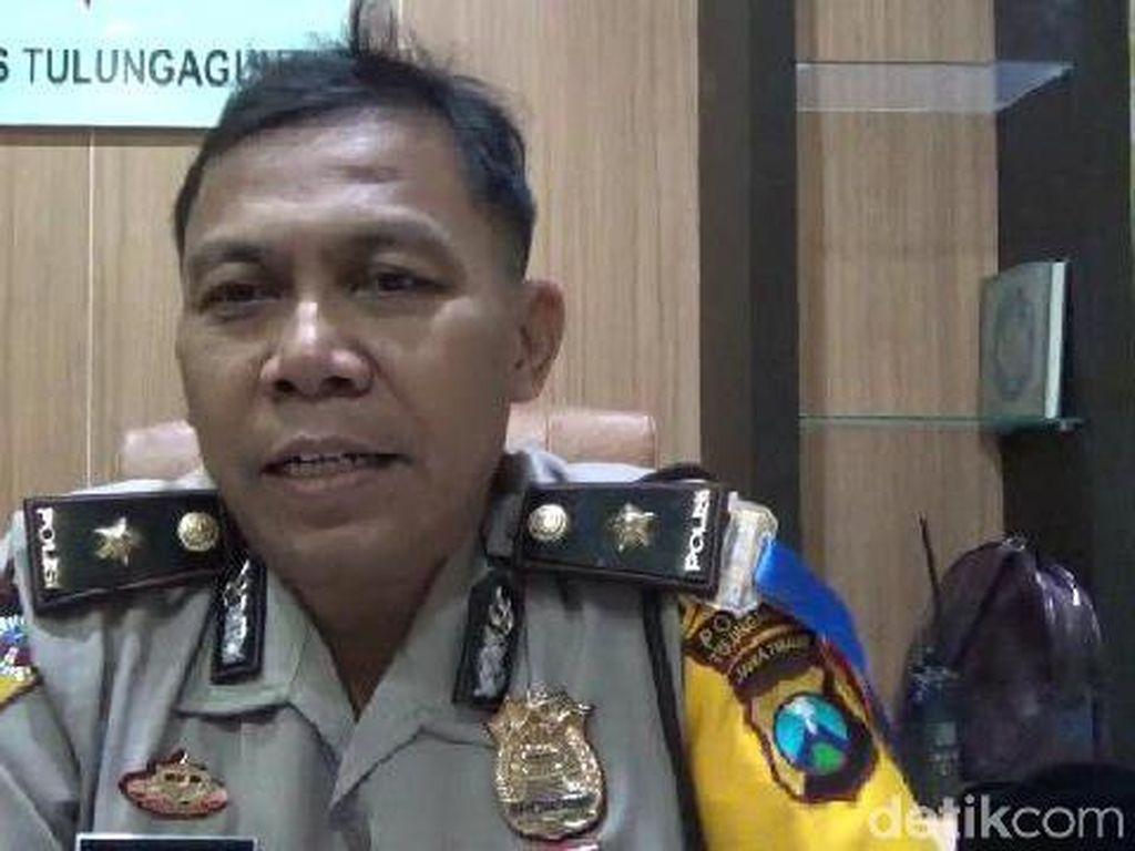 Polisi Backup Pengamanan KPK Selama di Tulungagung