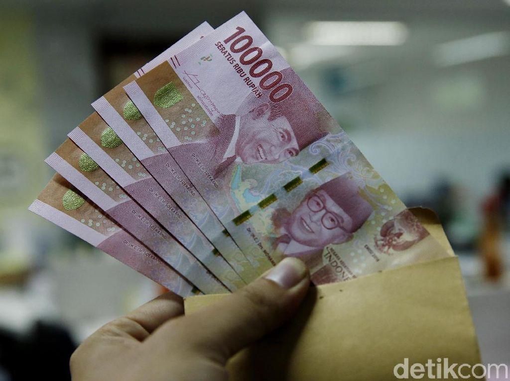 Uang Negara Rp 20 Triliun Disiapkan untuk Gaji ke-13 PNS