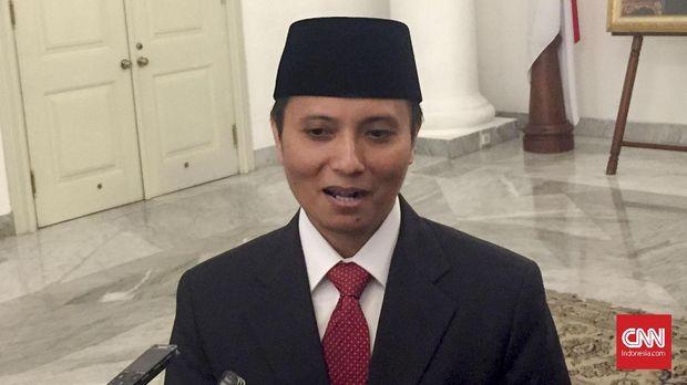 Dzikran Kurniawan, Kepala Unit Fasilitas Pemilik Rumah Sejahtera Dinas Perumahan dan Kawasan Pemukiman Provinsi DKI Jakarta, di Balai Kota, Jumat (8/6).