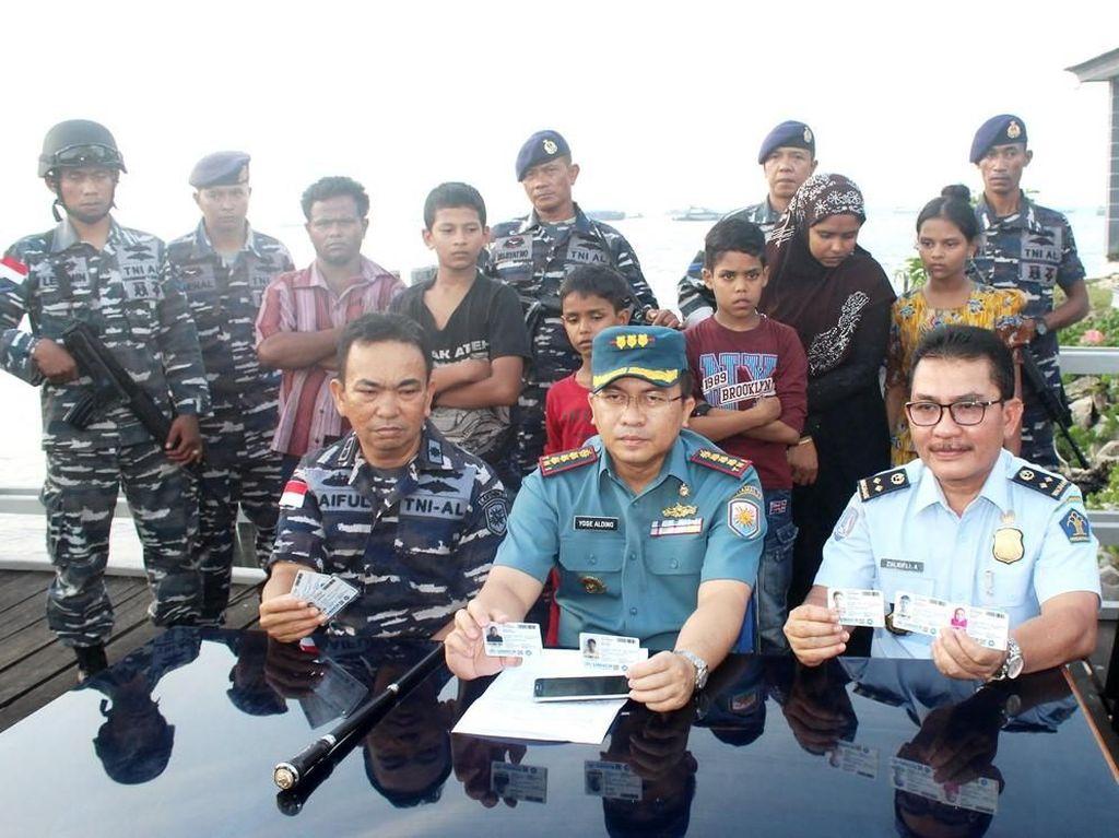 TNI Gagalkan Penyelundupan Warga Rohingya dari Riau ke Malaysia