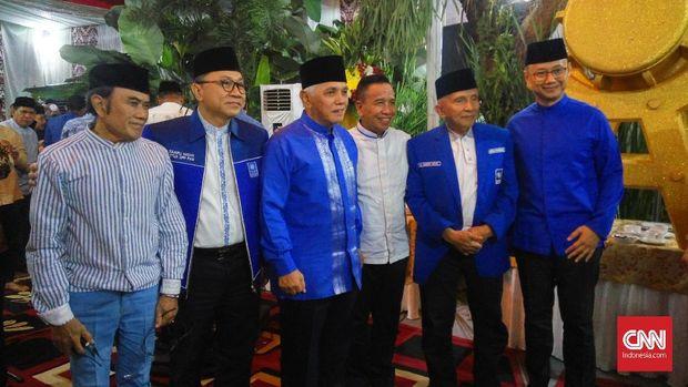 Ketua Umum PAN Zulkifli Hasan, betas Ketua Umum PAN Hatta Rajasa, politikus senior PAN Amien Rais, di Jakarta, Sabtu (9/6).