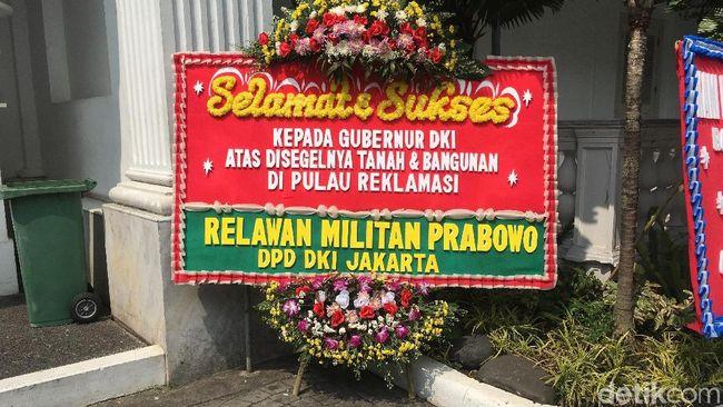 Anies Dapat Karangan Bunga Puji Penyegelan Pulau D Reklamasi