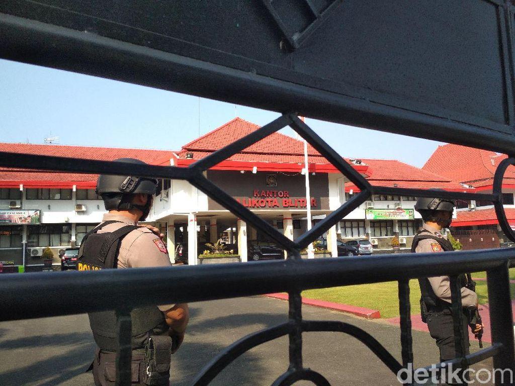 Tiga Pejabat Pemkot Blitar Diperiksa KPK, Ada Apa?