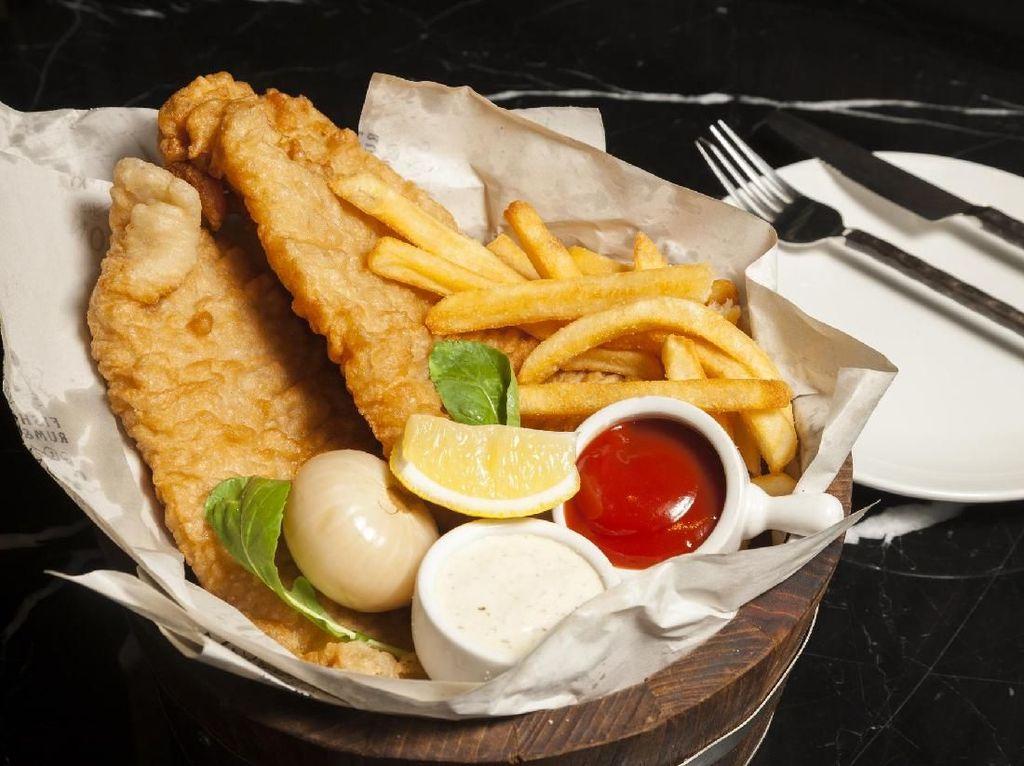 Bagaimana Kalau Sore Ini Buka Puasa dengan Fish & Chips Renyah di 5 Tempat Ini?