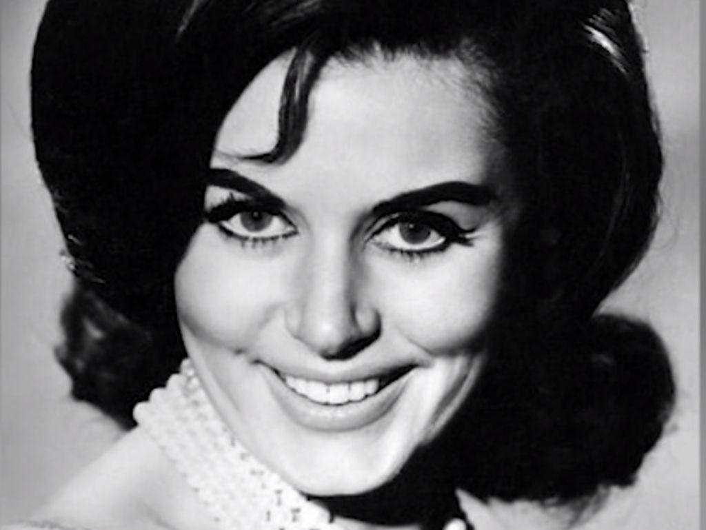 Bond Girl Pertama, Eunice Gayson Meninggal Dunia