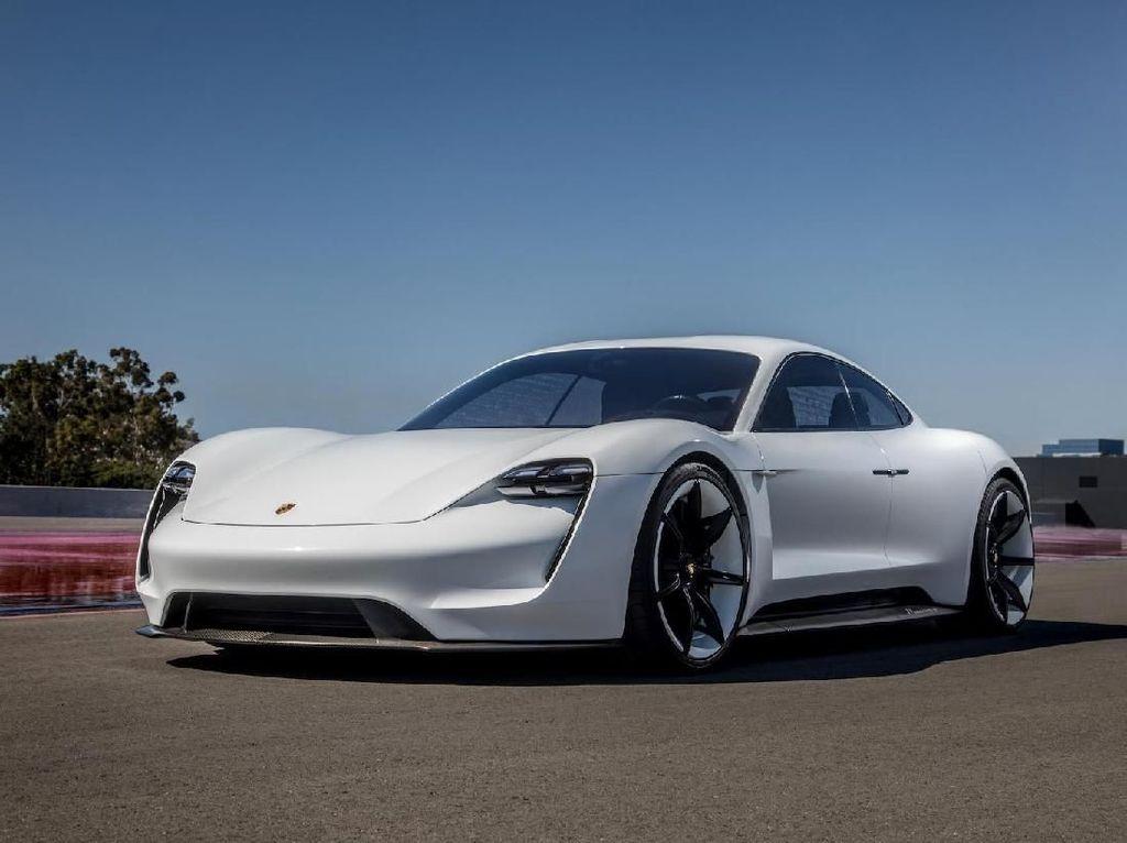 Punya Pelafalan seperti Sate, Porsche Taycan Dibanderol Rp 1,3 Miliar