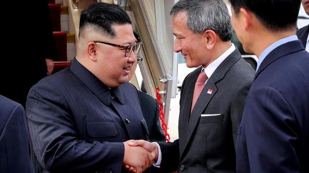 Kim Jong-un dengan Menlu Singapura Vivian Balakrishnan