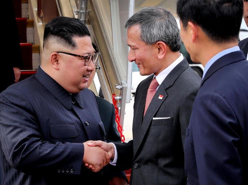Jelang Pertemuan dengan Trump, Kim Jong Un Tiba di Singapura