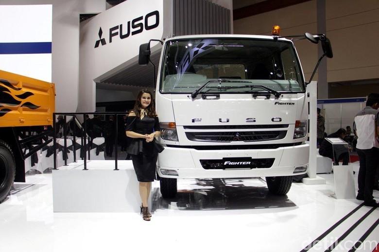 Masa Pemilu, Penjualan Mitsubishi Fuso Merosot 19%