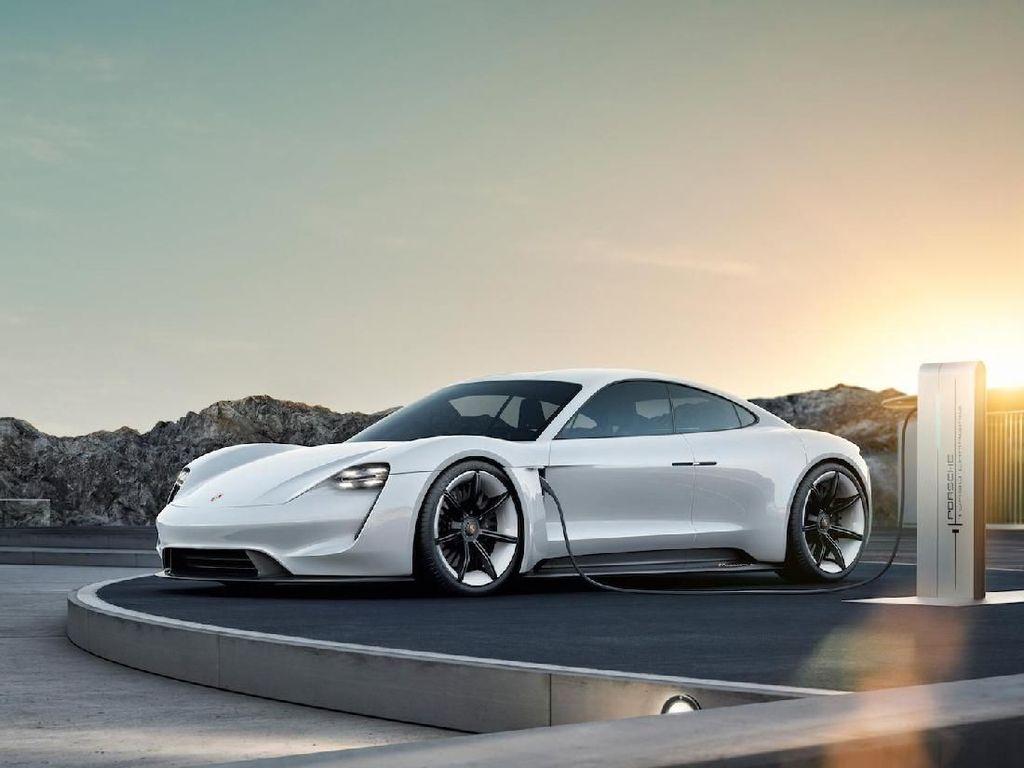 Lampu Hijau untuk Porsche Taycan Sport Turismo