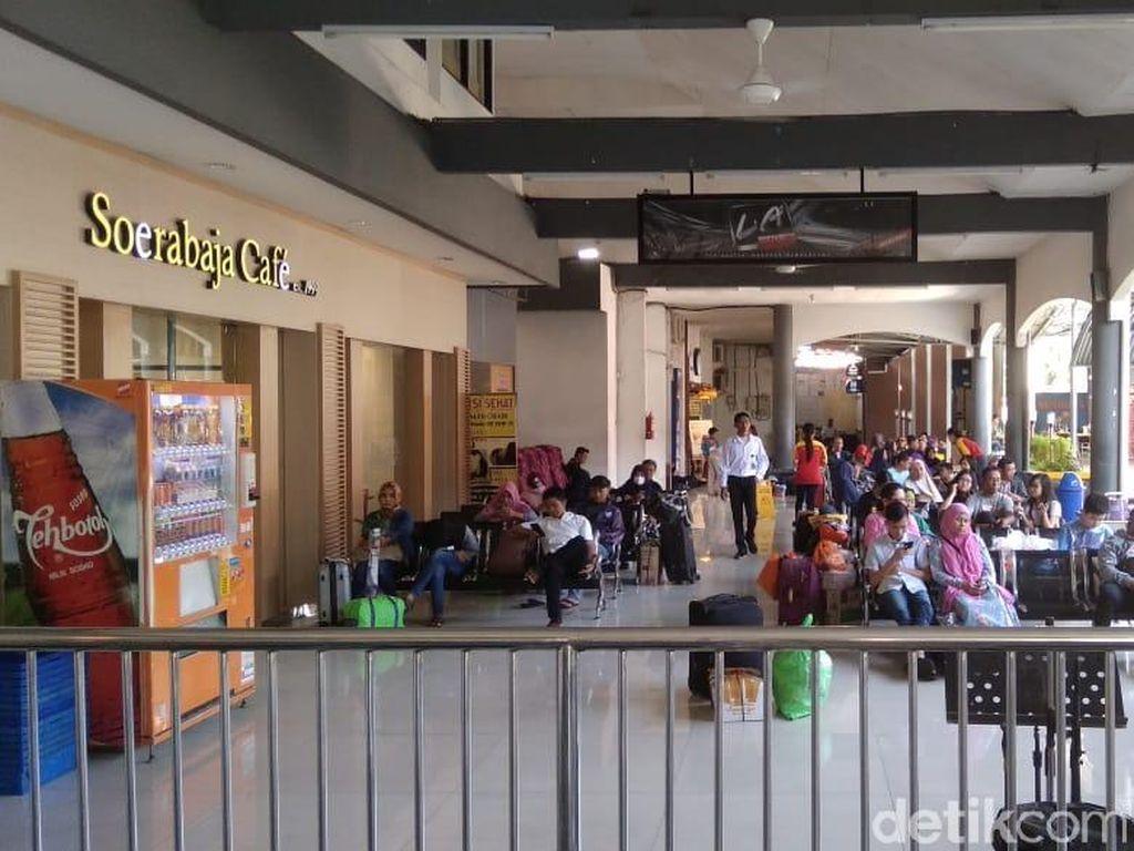322 Penumpang KA Mutiara Timur Jurusan Gubeng-Banyuwangi Refund Tiket