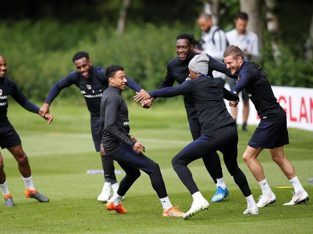 Vardy Pede Timnas Inggris Ikuti Sukses Leicester, asal...