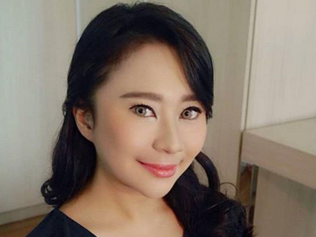 Cemong! Bridal Shower Chikita Meidy Diarak Keliling Komplek
