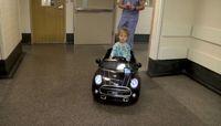 Asyik! Pasien Anak di RS Ini Naik Mobil-mobilan ke Ruang Operasi