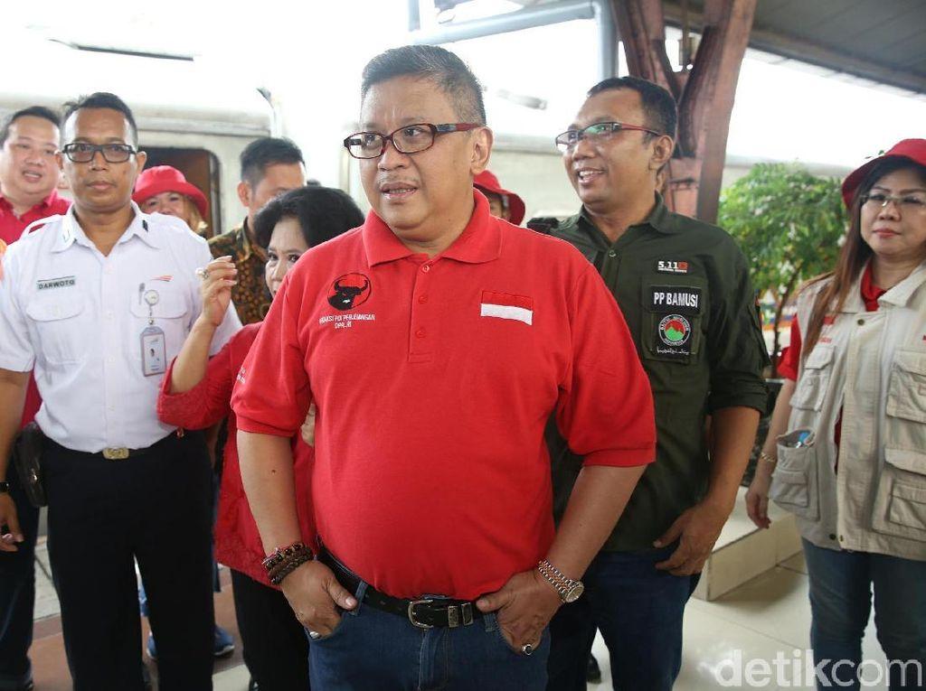 PDIP Tepis Gerindra soal Spanduk Jalan Tol Pak Jokowi
