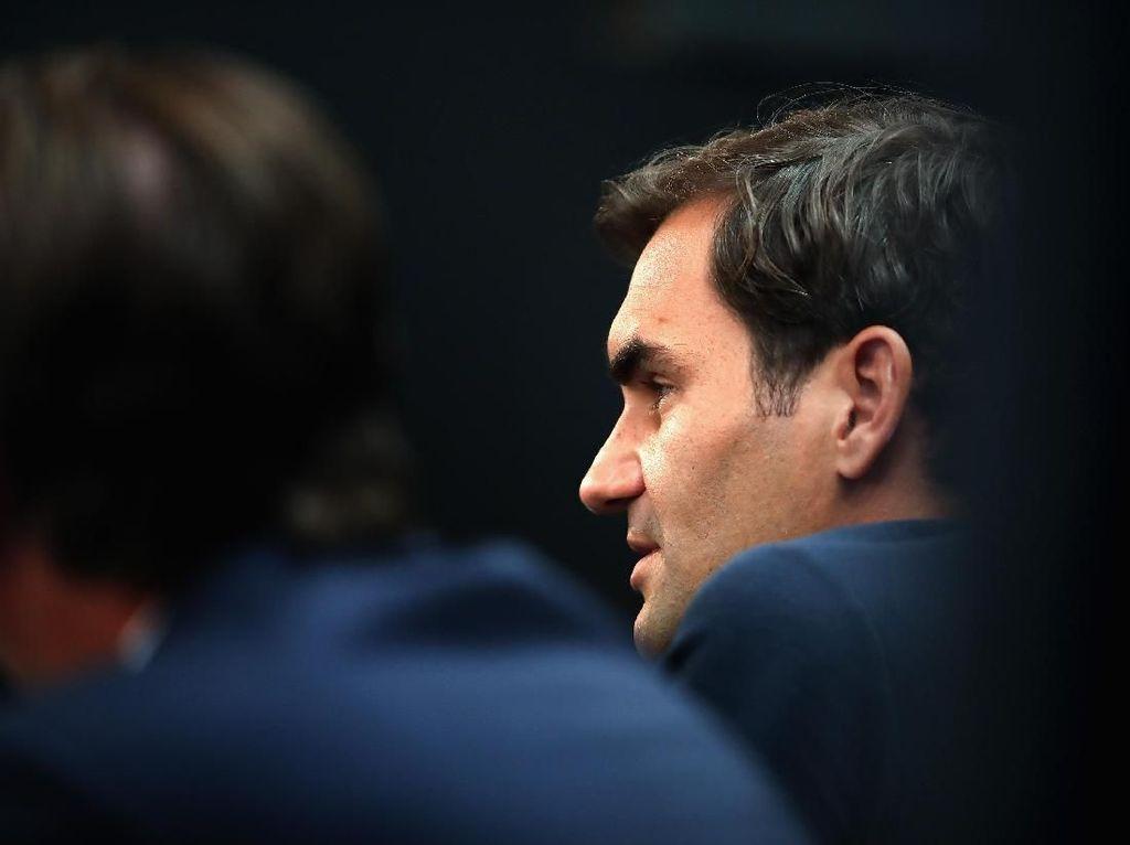 Federer Sanjung Pencapaian Nadal, Bertekad Rebut Status Nomor Satu