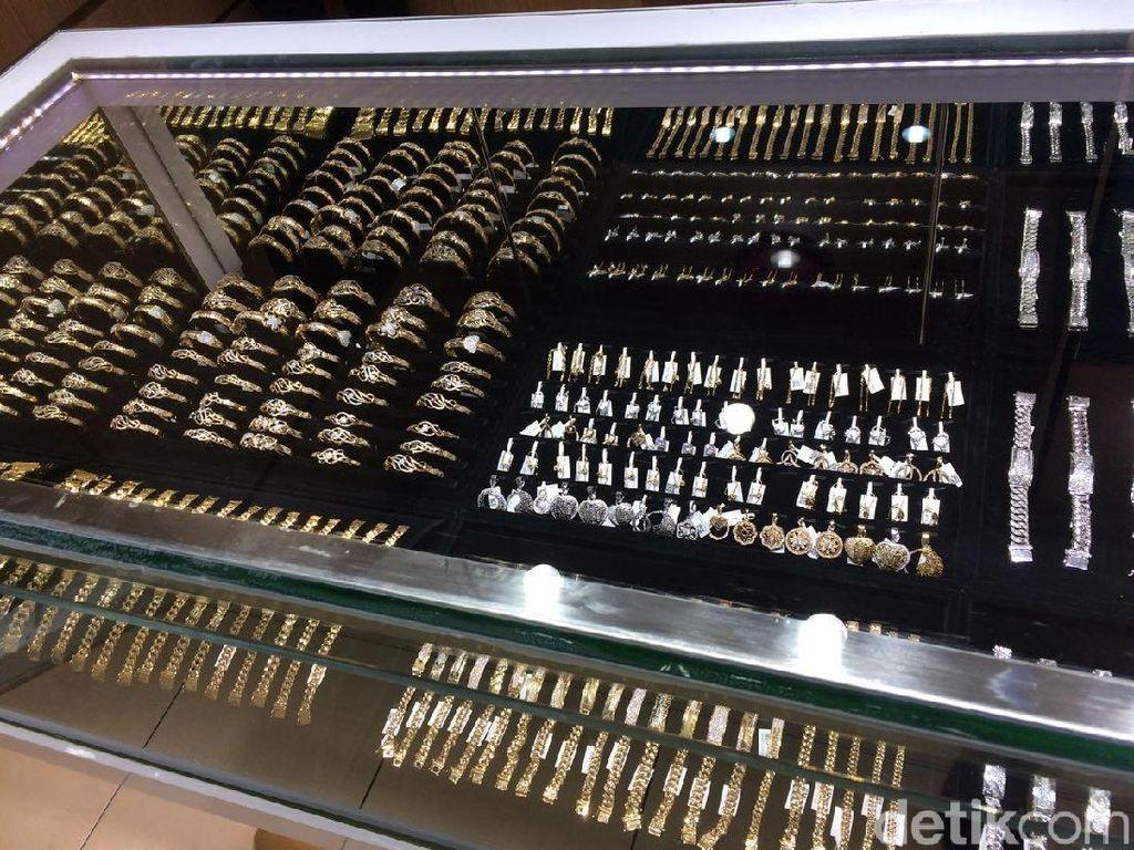 Jelang Lebaran, Penjualan Emas Meningkat Hingga 50%