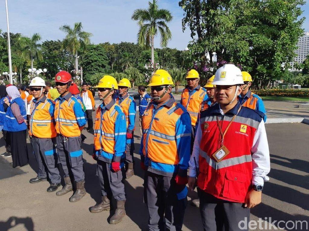 2.000 Petugas PLN Amankan Pasokan Listrik Jatim di Libur Lebaran