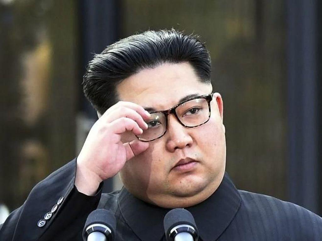 Kim Jong-Un Marah-marah Saat Kunjungan ke Pabrik Alat Medis