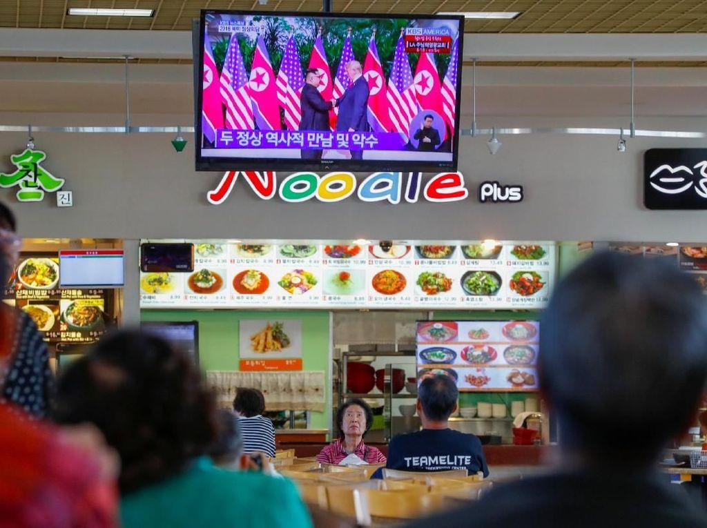 Antusias Warga Korea Utara Setelah Pertemuan Jong Un dan Trump