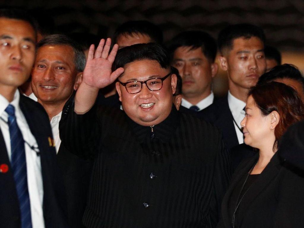 Gaya Makan Kim Jong Un hingga Kulineran Hits ala Ayla Dimitri